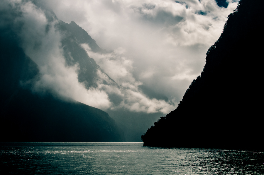 Below, a landscape photograph from Milford Sound, New Zealand by Kimmo Savolainen Photography.
