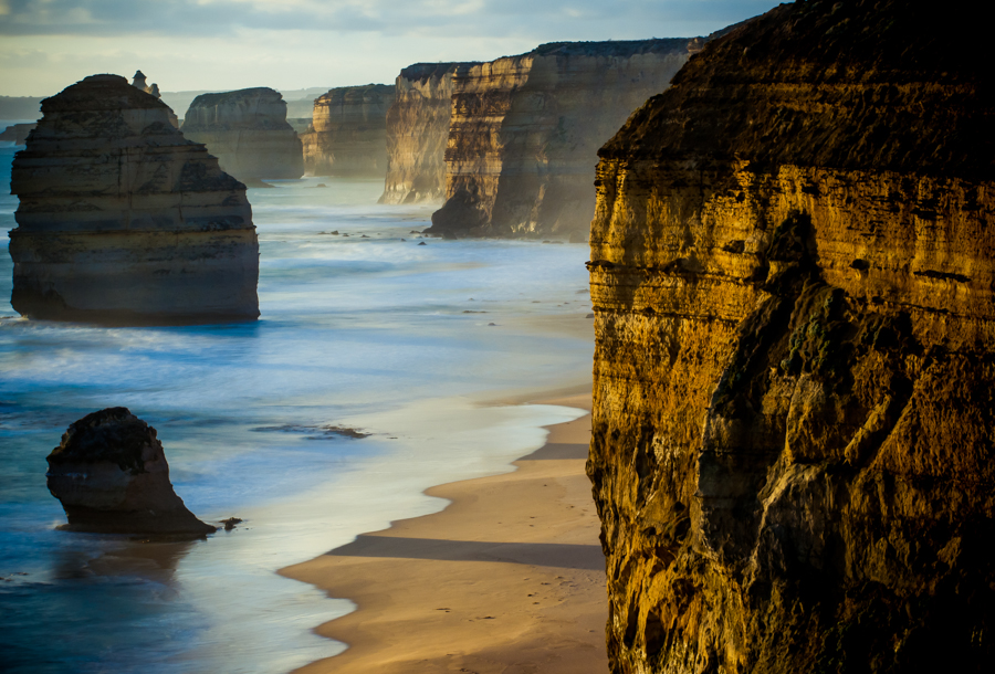A sunset landscape from Twelve Apostles, Great ocean road, Australia by Kimmo Savolainen Photography.