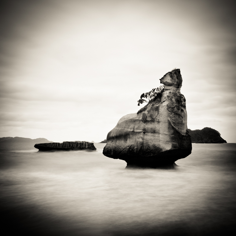 Fine art black and white photography by fine art photographer Kimmo Savolainen. Photo from Cathedral Cove, New Zealand.